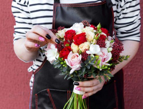 Бесплатная доставка цветов в Бресте
