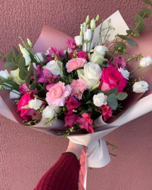 Модный букет цветов