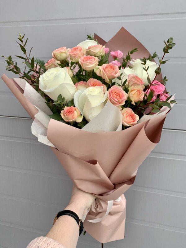 Сборный букет из роз
